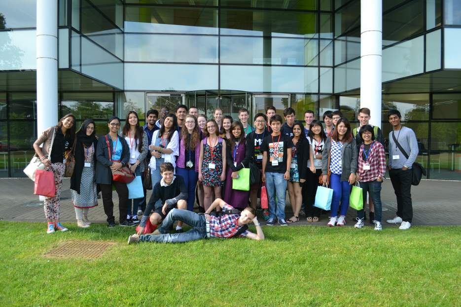 Photo - ROOTOPOWER participation in the London International Youth Science Forum (LIYSF)
